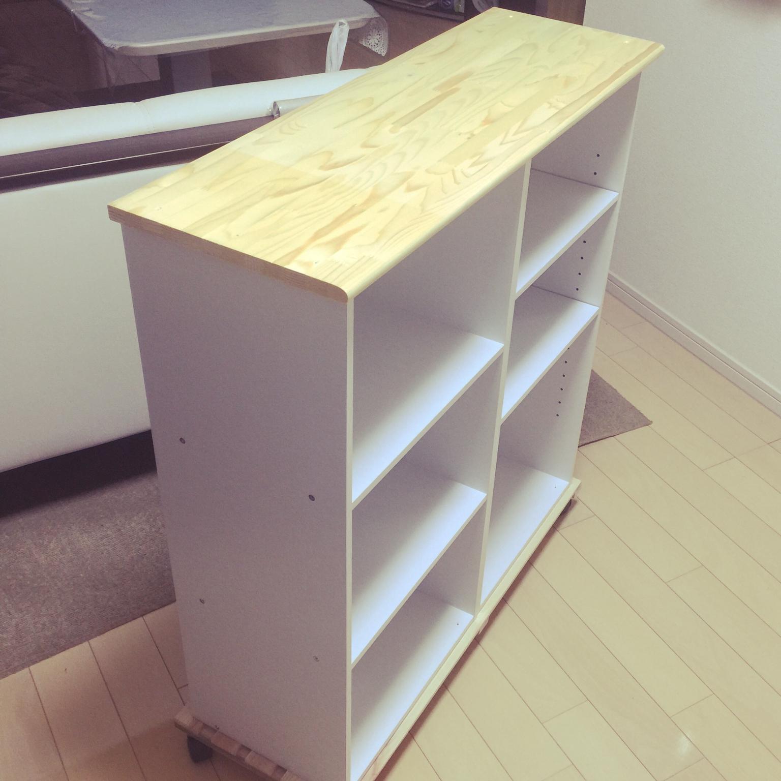 カラーボックスを使った簡単な机の作り方 ...